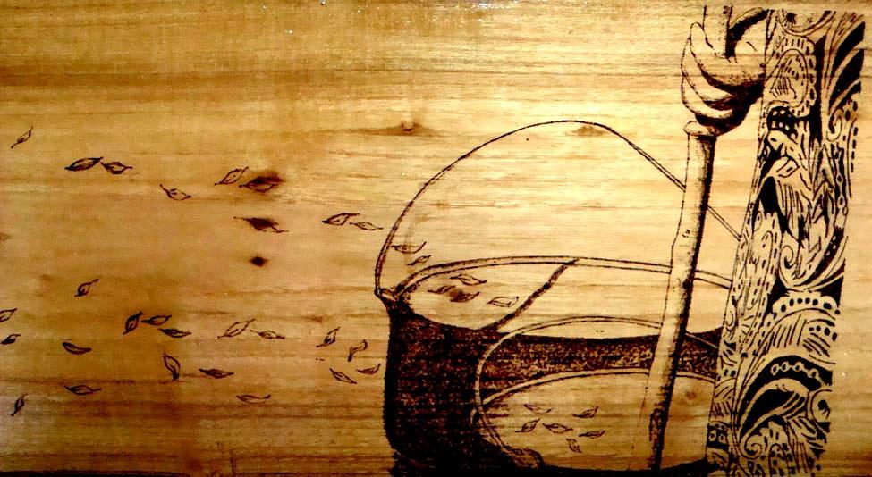 Tecnica: pirografia eseguita a mano.